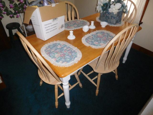 CHRISTINE OWEN   Estate Auction  Johnson City - DSCN4807.JPG