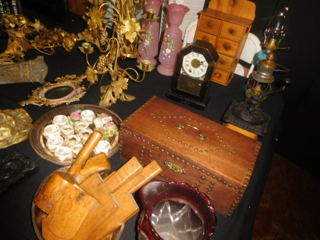 Thanksgiving Saturday Estate Auction and More - DSCN4823.JPG