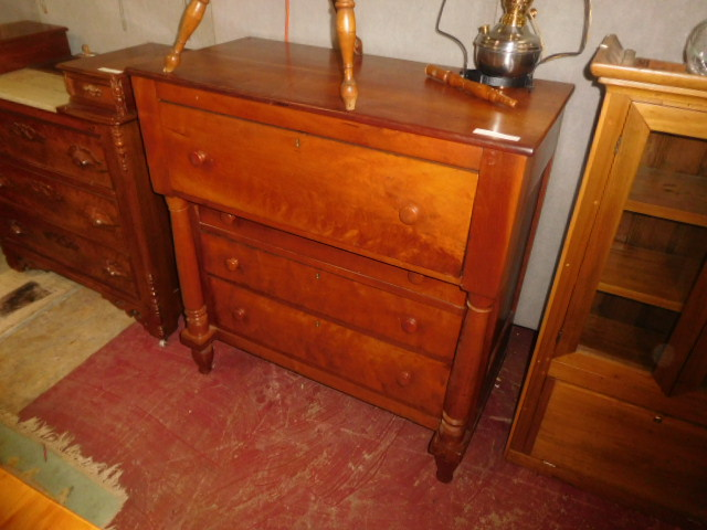 Thanksgiving Saturday Estate Auction and More - DSCN4829.JPG