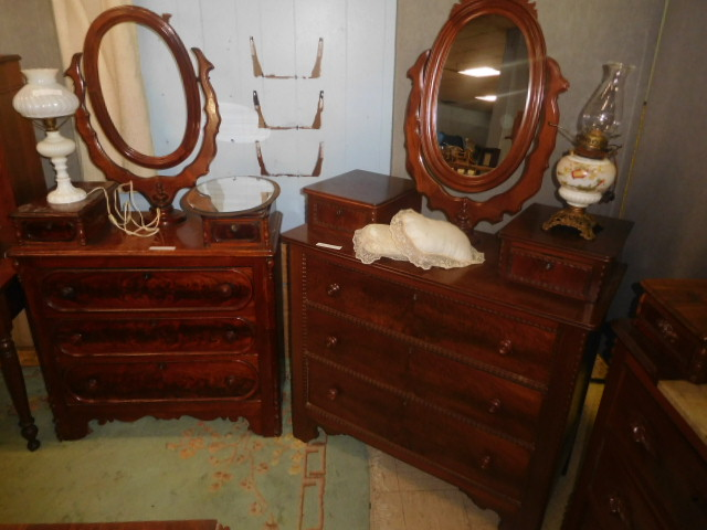 Thanksgiving Saturday Estate Auction and More - DSCN4830.JPG