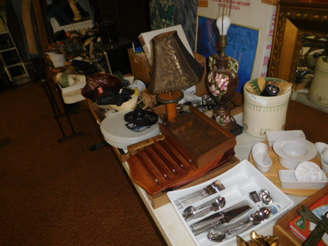 Our 31st New Years Day Auction - DSCN5391.JPG