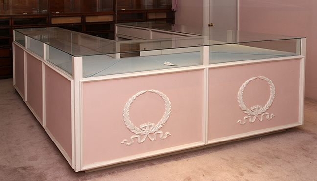 Masengills Specialty Clothing Store- A 100 year old East Tennessee Upscale Department Store - 212_1.jpg