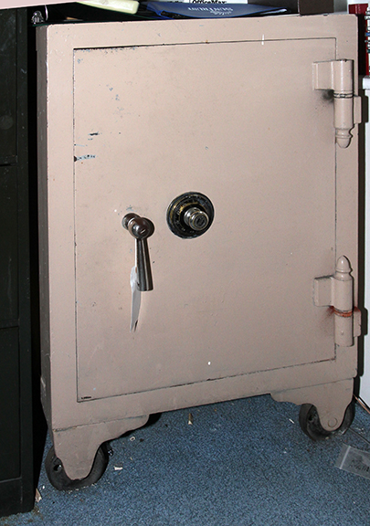 Masengills Specialty Clothing Store- A 100 year old East Tennessee Upscale Department Store - 361_1.jpg