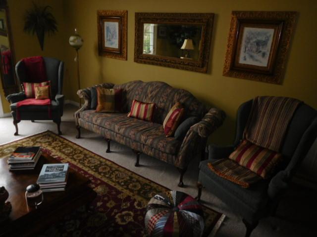 Bob Settle Estate and Regina Settle Living Estate Auction - DSCN5543.JPG