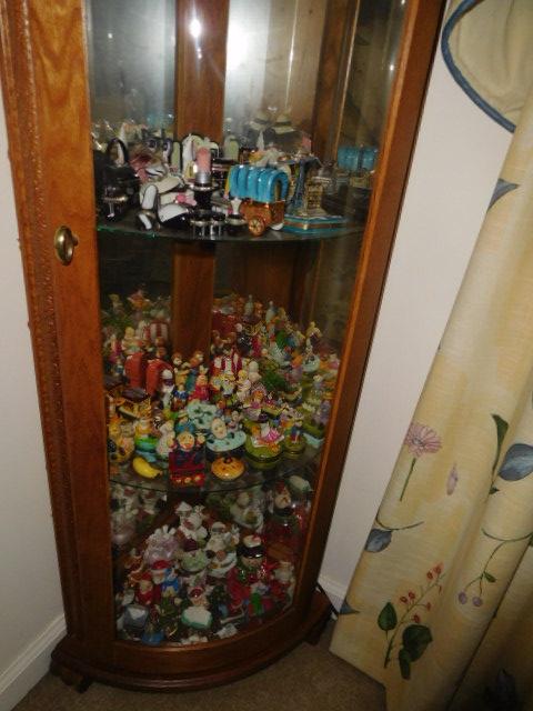 Bob Settle Estate and Regina Settle Living Estate Auction - DSCN5567.JPG