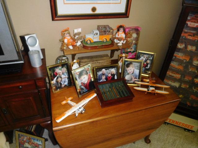 Bob Settle Estate and Regina Settle Living Estate Auction - DSCN5582.JPG