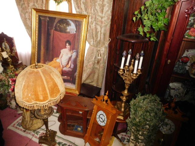 Jackie Vaughn Estate Auction- Real Estate, Antiques, Household - DSCN5650.JPG