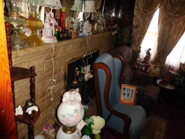 Jackie Vaughn Estate Auction- Real Estate, Antiques, Household - DSCN5655.JPG