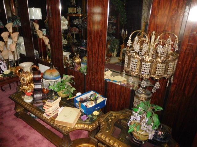 Jackie Vaughn Estate Auction- Real Estate, Antiques, Household - DSCN5657.JPG