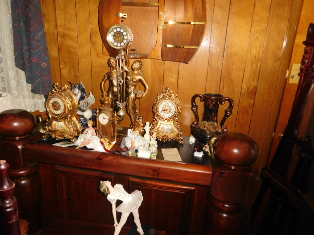Jackie Vaughn Estate Auction- Real Estate, Antiques, Household - DSCN5658.JPG