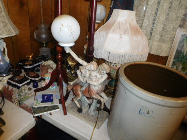 Jackie Vaughn Estate Auction- Real Estate, Antiques, Household - DSCN5779.JPG