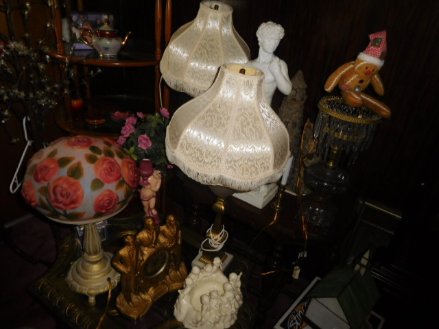 Jackie Vaughn Estate Auction- Real Estate, Antiques, Household - DSCN5795.JPG