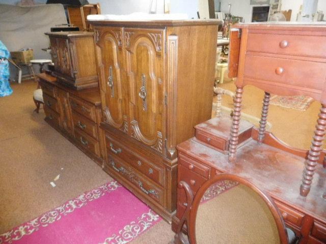Sunday Afternoon Estates Auction Noon - DSCN6157.JPG
