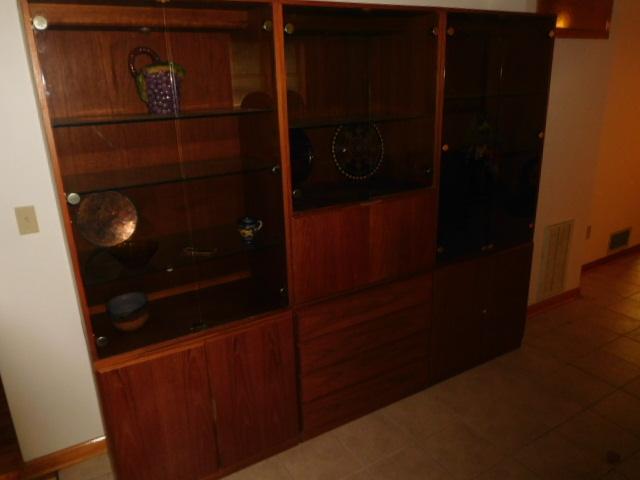 Robert  Bob  Samuels Estate Auction - DSCN6607.JPG