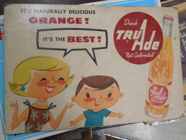 Advertising, Large Keen Kutter, Vintage toy, Jars Etc two Estate Collections - DSCN9566.JPG