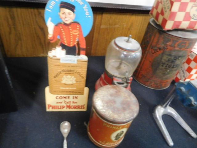 Advertising, Large Keen Kutter, Vintage toy, Jars Etc two Estate Collections - DSCN9575.JPG