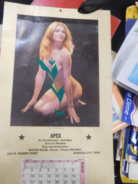 Advertising, Large Keen Kutter, Vintage toy, Jars Etc two Estate Collections - DSCN9594.JPG