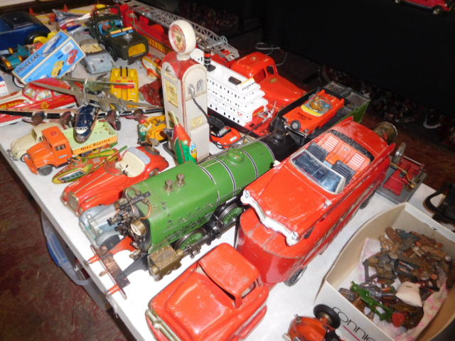 The Dave Berry Toy Auction - DSCN9735.JPG
