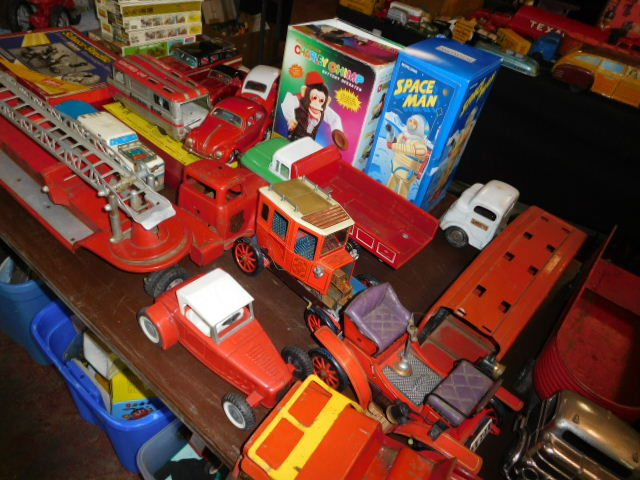 The Dave Berry Toy Auction - DSCN9740.JPG