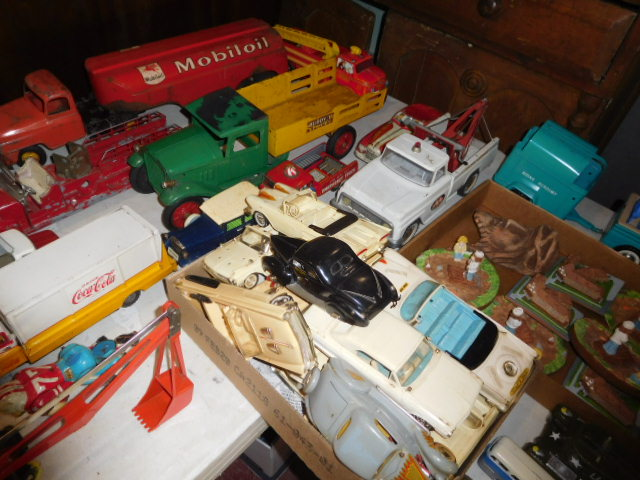 The Dave Berry Toy Auction - DSCN9746.JPG