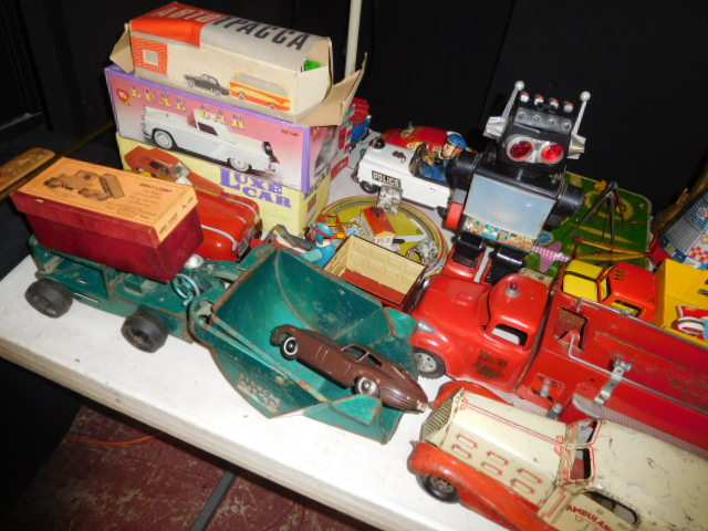 The Dave Berry Toy Auction - DSCN9768.JPG