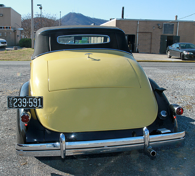 David Berry Estate Auction New Years Day-1935 LaSalle, 1936 Ford, Mascots, Antique Pharmacy items and more - 6095.jpg