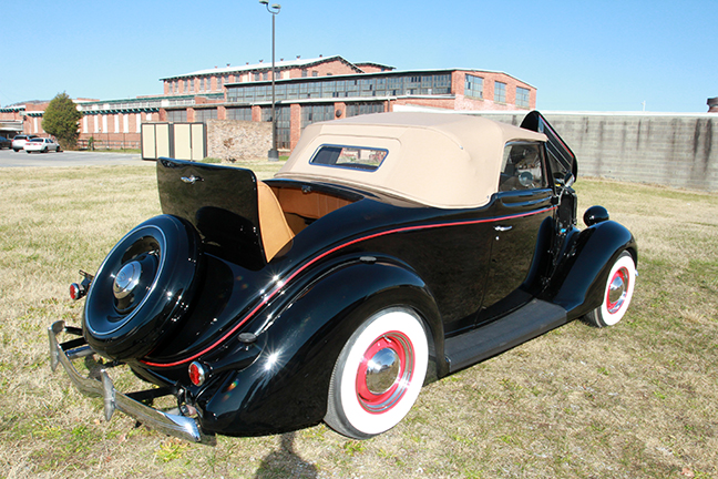 David Berry Estate Auction New Years Day-1935 LaSalle, 1936 Ford, Mascots, Antique Pharmacy items and more - 6132.jpg