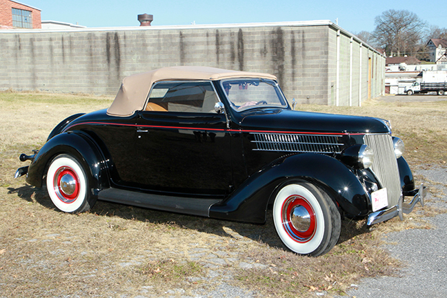 David Berry Estate Auction New Years Day-1935 LaSalle, 1936 Ford, Mascots, Antique Pharmacy items and more - 6136.jpg