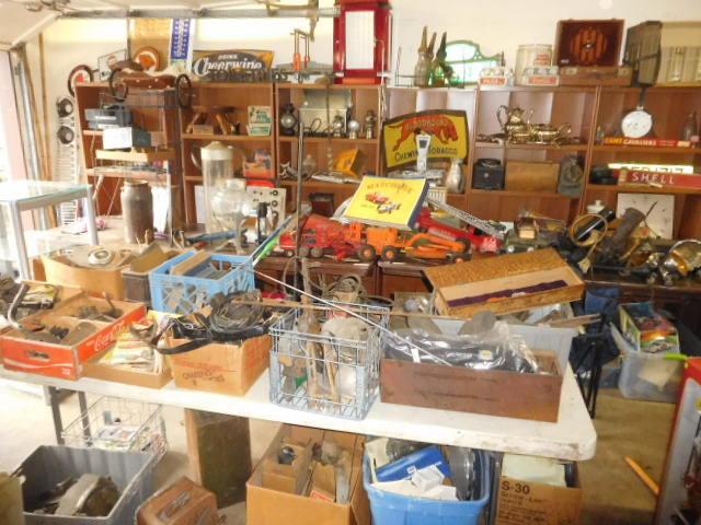 David Berry Estate  Final Auction - DSCN9428.JPG