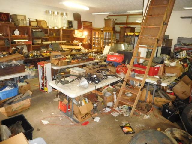 David Berry Estate  Final Auction - DSCN9475.JPG