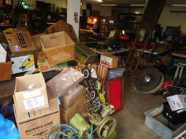 David Berry Estate  Final Auction - DSCN9486.JPG
