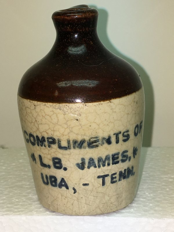 Ralph Van Brocklin Estate- Bottles- Post and Trade cards--Mini Jugs and other advertising - IMG_2640.JPG