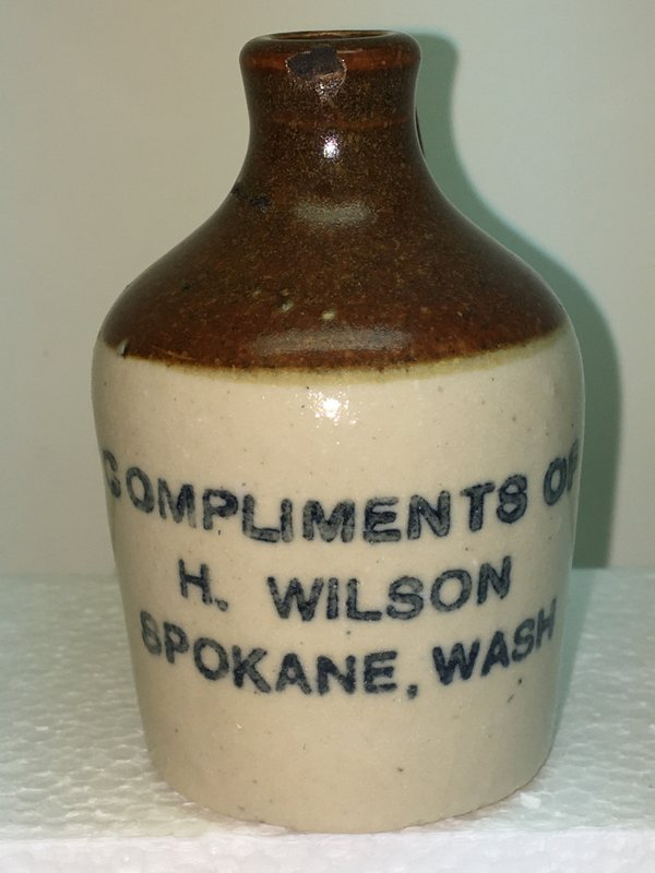 Ralph Van Brocklin Estate- Bottles- Post and Trade cards--Mini Jugs and other advertising - IMG_3055.JPG
