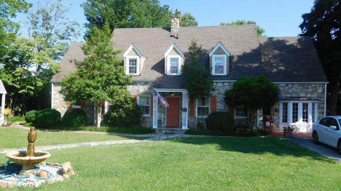 Roger Babb Living Estate Auction  - DSCN0034.JPG