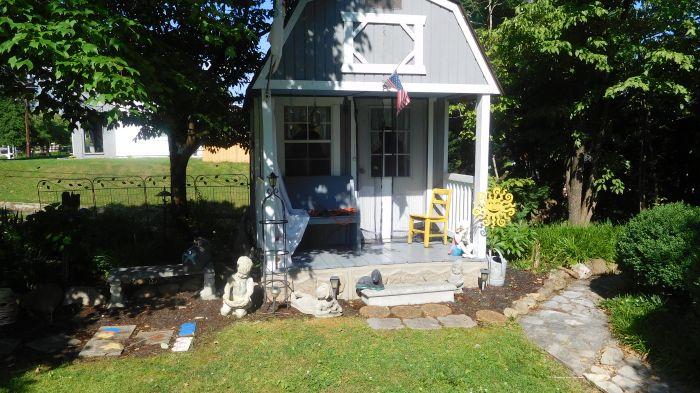 Roger Babb Living Estate Auction  - DSCN0035.JPG