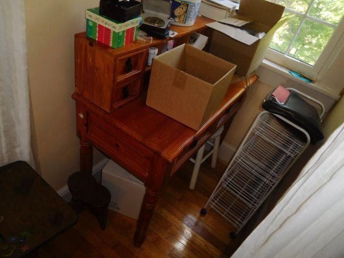 Roger Babb Living Estate Auction  - DSCN0078.JPG