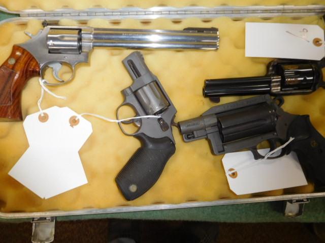 Robert Kelley Ward Estate Gun Auction - DSCN9931.JPG