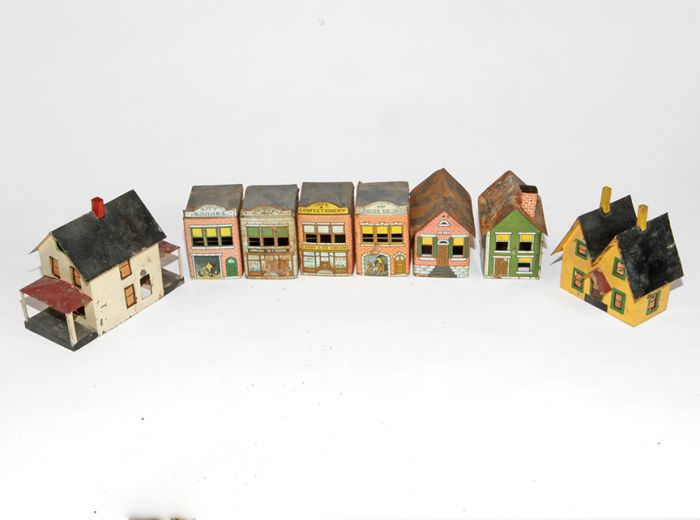 Don Squibb Estate Auction,Toys,Candy Containers, Games. Chocolate  Molds, Advertising Dolls plus much more. - 115_1.jpg