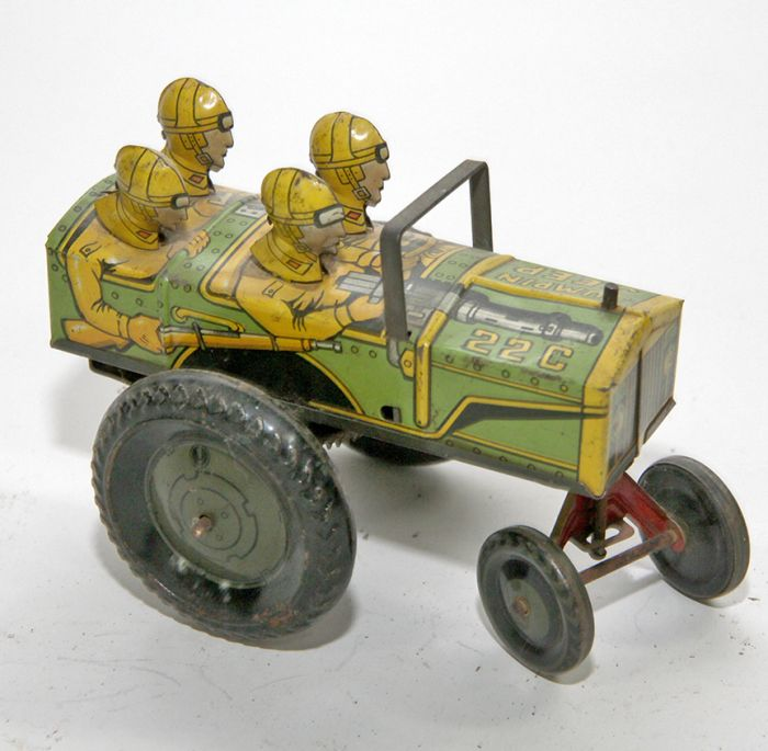 Don Squibb Estate Auction,Toys,Candy Containers, Games. Chocolate  Molds, Advertising Dolls plus much more. - 133_1.jpg