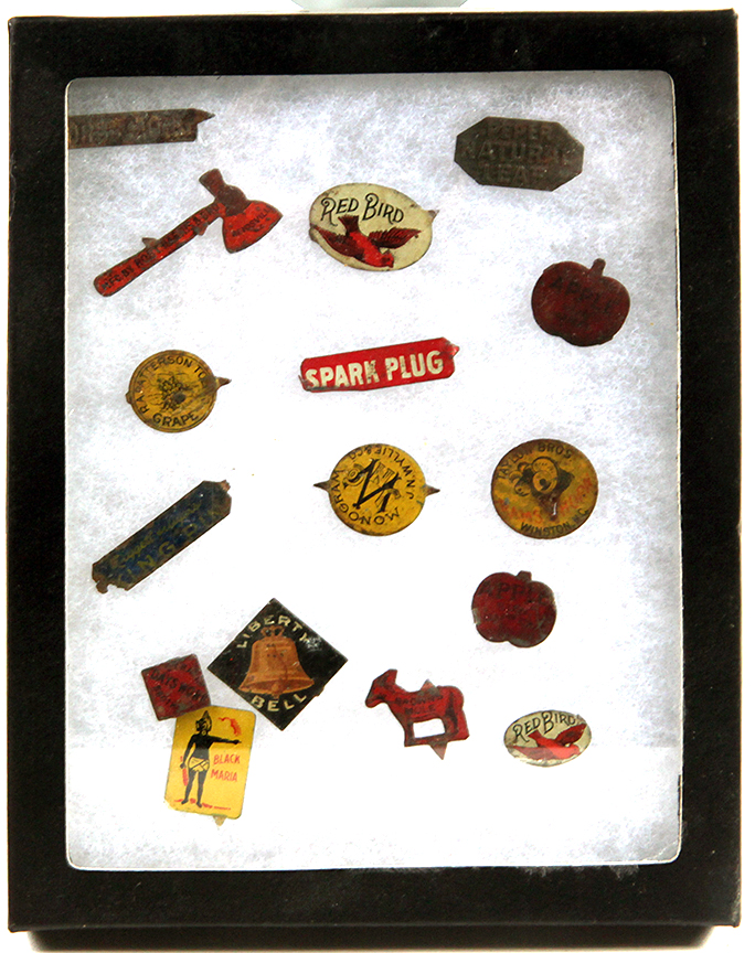 Don Squibb Estate Auction,Toys,Candy Containers, Games. Chocolate  Molds, Advertising Dolls plus much more. - 148_1.jpg