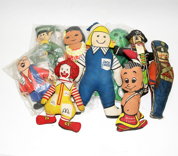 Don Squibb Estate Auction,Toys,Candy Containers, Games. Chocolate  Molds, Advertising Dolls plus much more. - 183_1.jpg