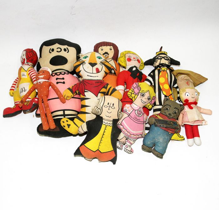 Don Squibb Estate Auction,Toys,Candy Containers, Games. Chocolate  Molds, Advertising Dolls plus much more. - 186_1.jpg