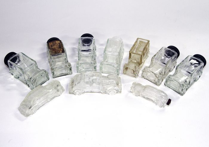 Don Squibb Estate Auction,Toys,Candy Containers, Games. Chocolate  Molds, Advertising Dolls plus much more. - 21_1.jpg