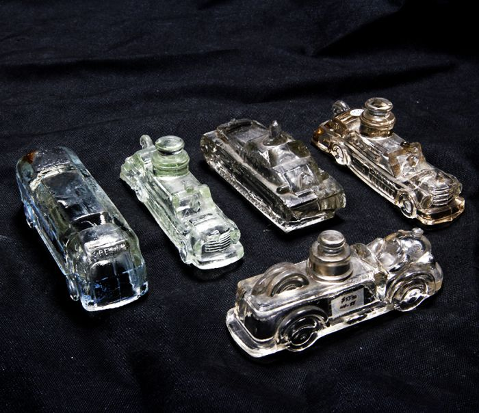 Don Squibb Estate Auction,Toys,Candy Containers, Games. Chocolate  Molds, Advertising Dolls plus much more. - 28_1.jpg