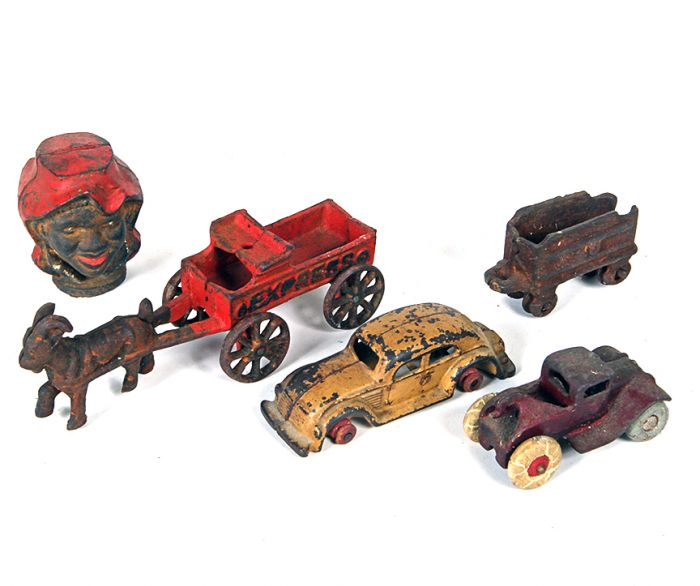 Don Squibb Estate Auction,Toys,Candy Containers, Games. Chocolate  Molds, Advertising Dolls plus much more. - 50_1.jpg