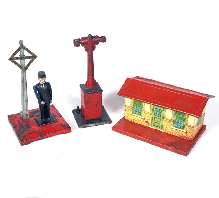 Don Squibb Estate Auction,Toys,Candy Containers, Games. Chocolate  Molds, Advertising Dolls plus much more. - 53_1.jpg
