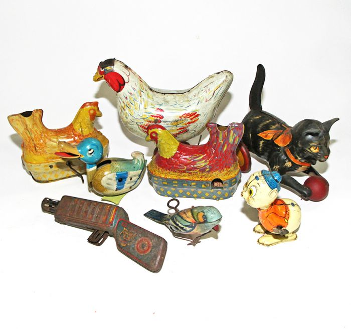 Don Squibb Estate Auction,Toys,Candy Containers, Games. Chocolate  Molds, Advertising Dolls plus much more. - 85_1.jpg