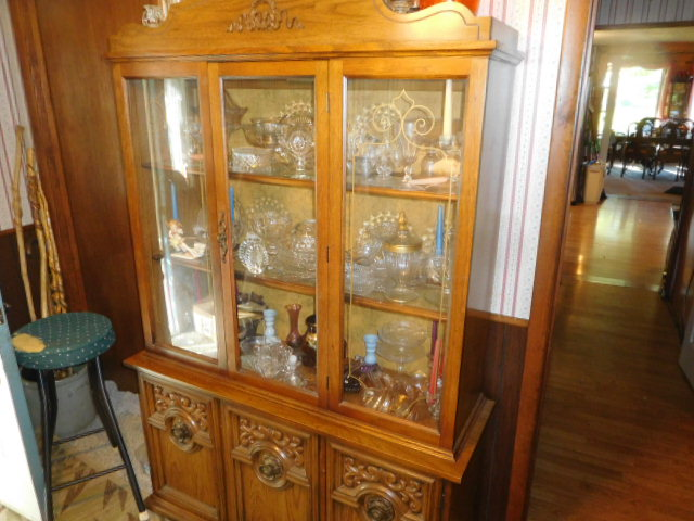 Charles Ensor Estate Auction on site in Carter County Tennessee - DSCN9827.JPG