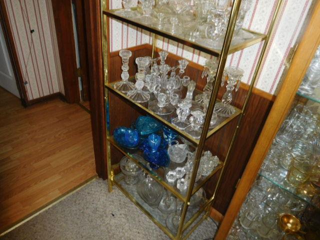 Charles Ensor Estate Auction on site in Carter County Tennessee - DSCN9832.JPG