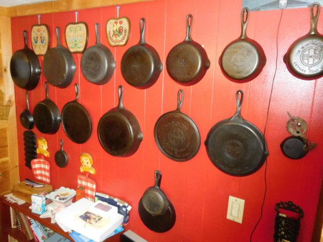 Charles Ensor Estate Auction on site in Carter County Tennessee - DSCN9868.JPG